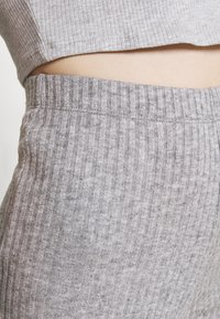 American Eagle - LOUNGE FLARE PANT - Tracksuit bottoms - gray - 4