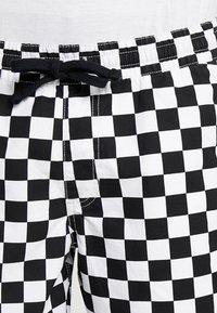 Vans - MN RANGE SHORT 18 - Shorts - black/white - 3