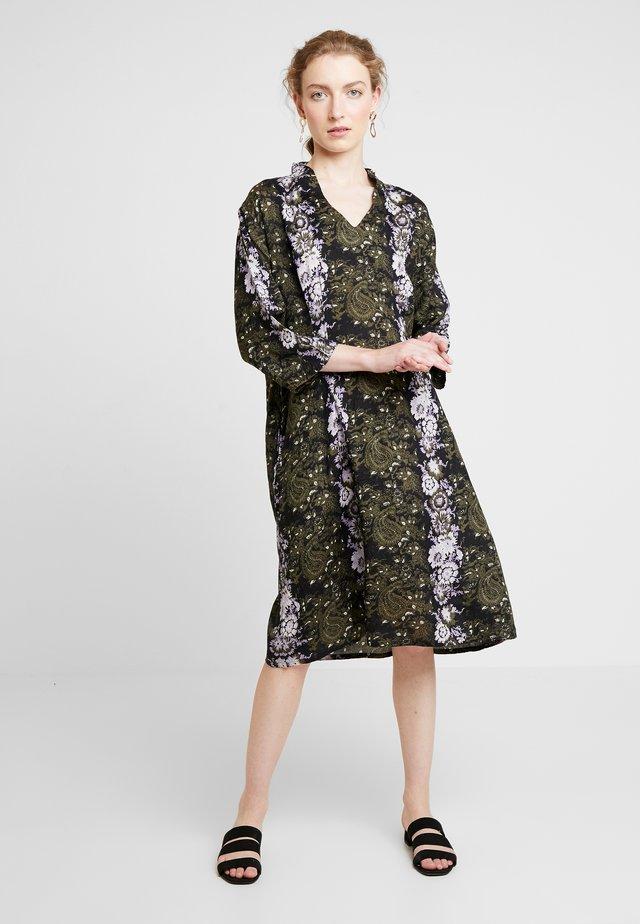 NOPA DRESS - Maxiklänning - wister