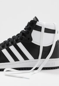 adidas Originals - TOP TEN - High-top trainers - core black/footwear white/core white - 5