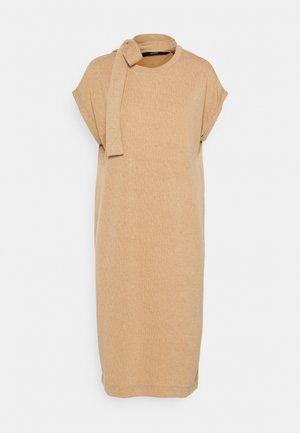 VMKIARA DRESS - Jersey dress - tobacco brown