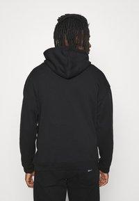 adidas Originals - SILICON HOODY UNISEX - Hættetrøjer - black - 2