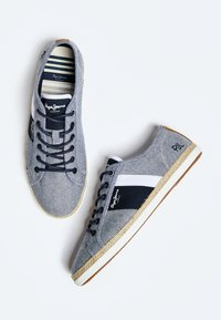 Pepe Jeans - MAUI BLUCHER - Trainers - chambray - 3