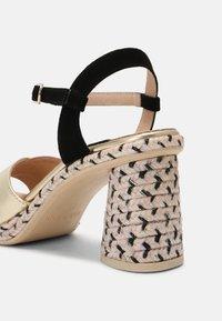 Gaimo - CORDELIA  - Sandals - salmon/gold/black - 5