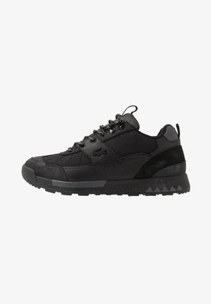 URBAN BREAKER - Sneakersy niskie - black