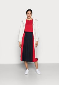 Tommy Hilfiger - Long sleeved top - primary red - 1