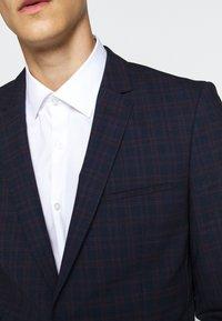 HUGO - ARTI HESTEN - Suit - blue/red check - 11