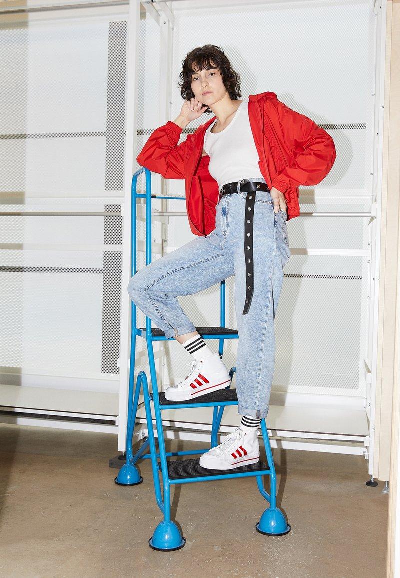 adidas Originals - NIZZA PLATFORM  - High-top trainers - footwear white/scarlet red