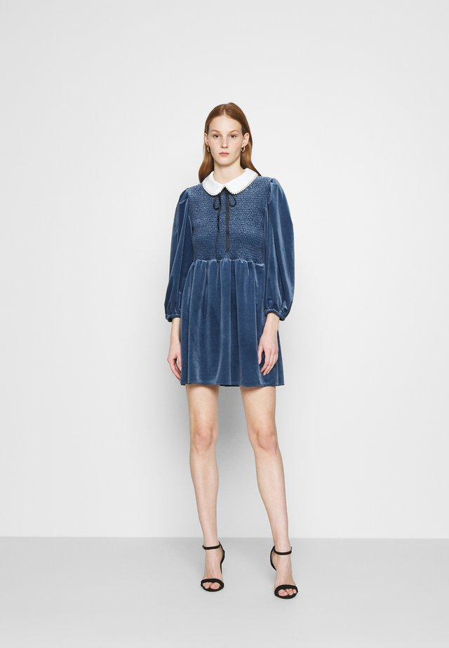 CHOUX MINI DRESS - Cocktailjurk - blue