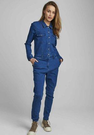 NUANZAC CAIRO  - Jumpsuit - medium blue denim