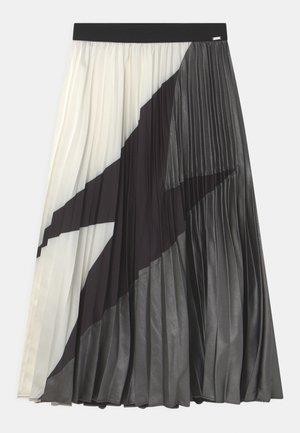 Vekkihame - blanc cassé