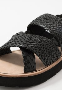 Scotch & Soda - PHIONA  - Sandalias - black - 2