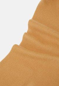 Johnstons of Elgin - 100% Cashmere Scarf UNISEX - Scarf - camel - 2