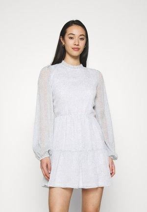 VOLUME SLEEVE DRESS - Day dress - light grey