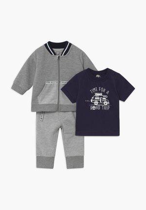 SET - Tracksuit - grey