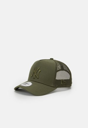 DIAMOND ESSENTIAL TRUCKER - Caps - olive