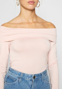 Vero Moda - VMPANDA OFF SHOULDER - Long sleeved top - sepia rose - 5