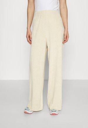 ROXA TROUSERS - Pantalones - off white