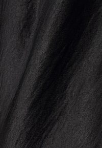 Vero Moda - VMCENTURY OPEN BACK DRESS - Společenské šaty - black - 7