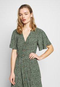 Whistles - ANITA SPOTTED FRILL SLEEVE DRESS - Shirt dress - green/multi - 3