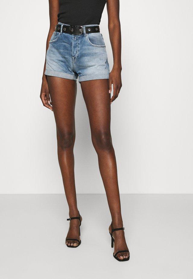 ANYTA - Shorts di jeans - light blue