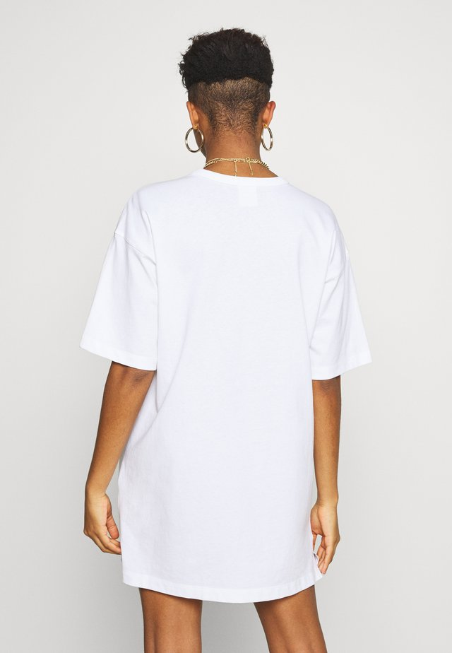 DRESS - Trikoomekko - white