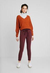 Vero Moda - VMEVA LOOSE PAPERBAG PANT - Trousers - port royale - 1