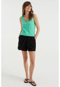 WE Fashion - Top - bright green - 1