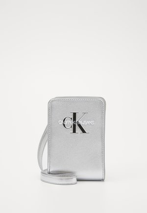 MONOGRAM POUCH BAG - Bandolera - grey
