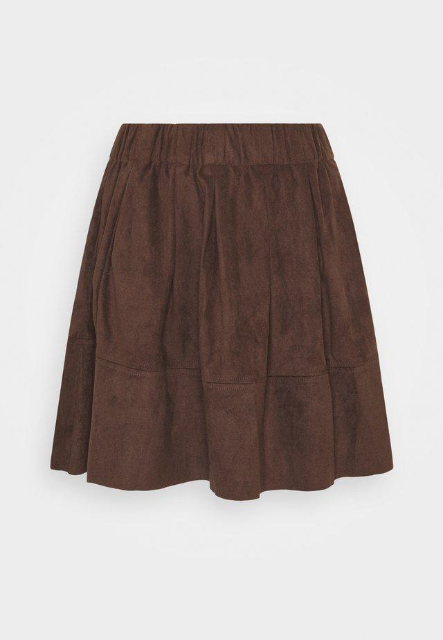 KIA - A-line skjørt - tobacco brown