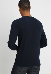 Jack & Jones - JJEBASIC  - Strickpullover - navy blazer - 2