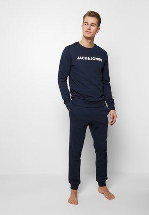 JACLOUNGE - Pyjamas - navy blazer