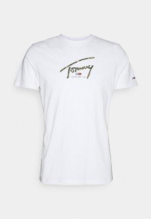 HAND WRITTEN LINEAR LOGO TEE - Print T-shirt - white