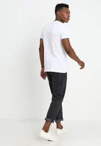 Solid - ROCK SOLID - T-shirt basic - white - 2