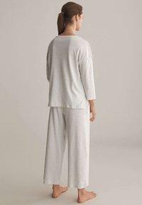 OYSHO - Pyjama bottoms - light grey - 2