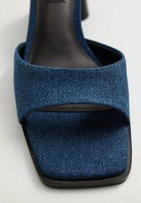 Mango - Sandals - bleu moyen - 4