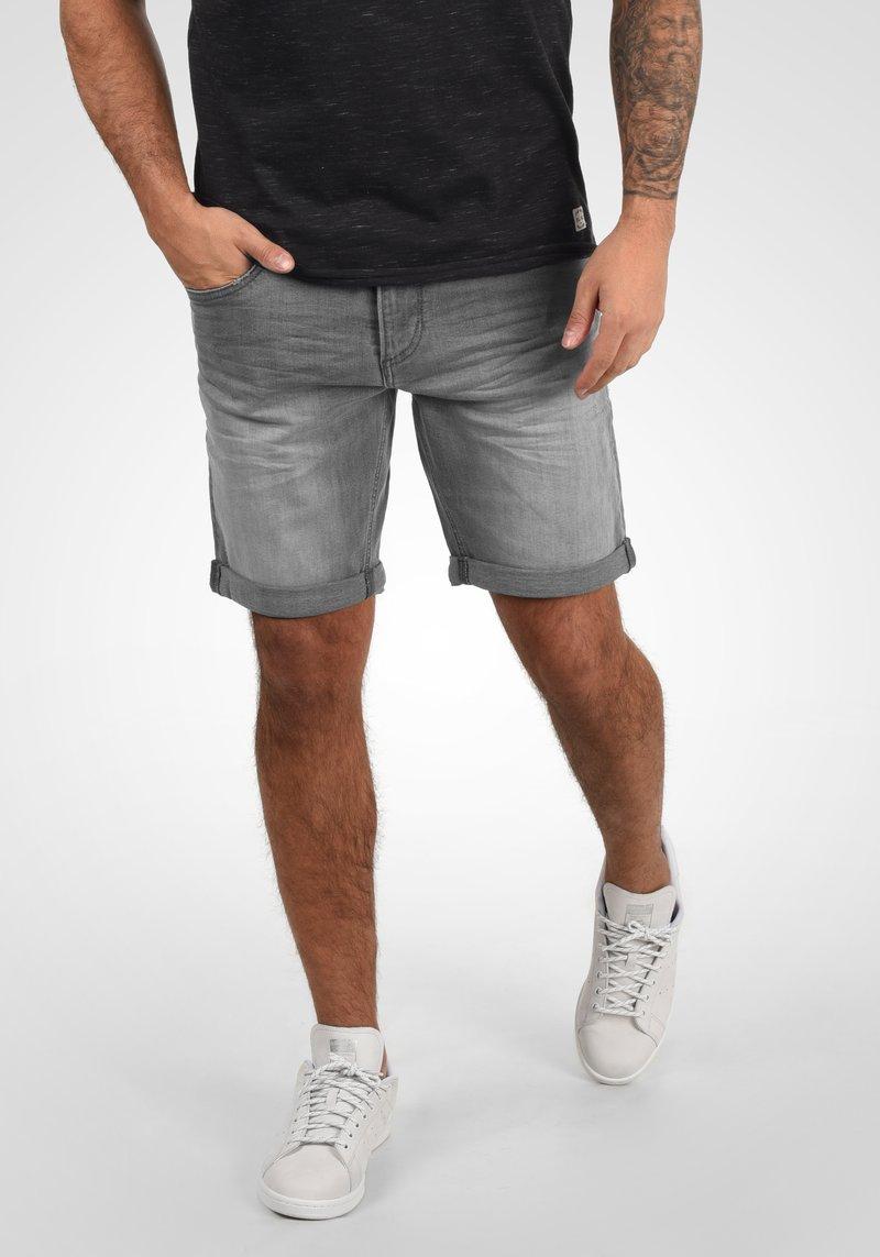 Blend - GRILITSCH - Denim shorts - denim grey