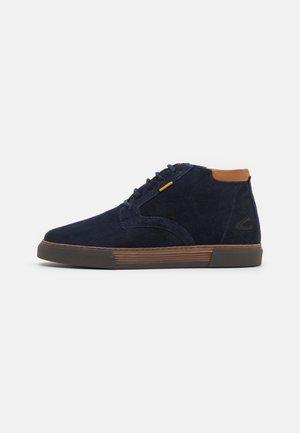 BAYLAND - Sneakers hoog - navy blue