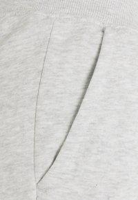 Pier One - 3 PACK - Spodnie treningowe - mottled light grey/mottled dark blue/black - 7