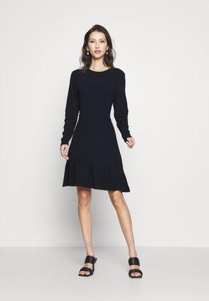 DRESS IN FINE STRUCTURE - Denní šaty - night
