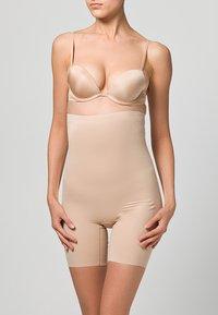 Chantelle - BASIC SHAPING PANTY - Shapewear - nude - 1