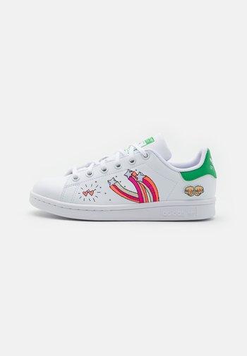 STAN SMITH UNISEX - Zapatillas - footwear white/vivid green
