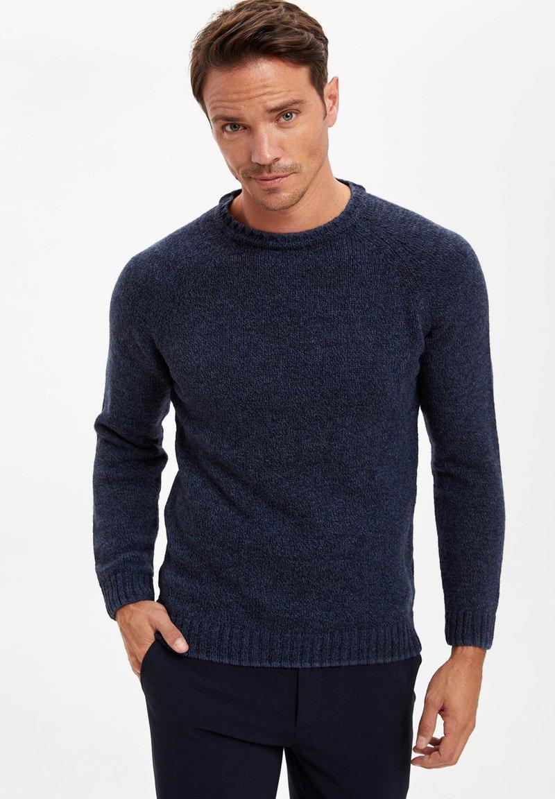 DeFacto - Stickad tröja - navy