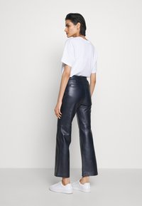 Coach - PANT - Leather trousers - navy - 2