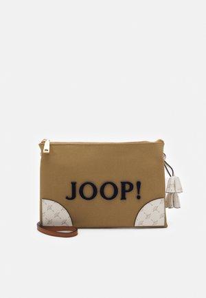 SONO SILVANA SHOULDERBAG - Across body bag - camel