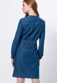 zero - Denim dress - mid blue clean wash - 2
