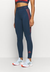 adidas Performance - TECHFIT STRIPES LONG - Medias - crew navy/crew red - 0