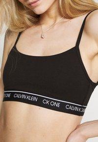 Calvin Klein Underwear - ONE UNLINED BRALETTE - Bustier - black - 5