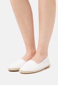 Anna Field - 2 PACK - Loafers - white/dark blue - 0