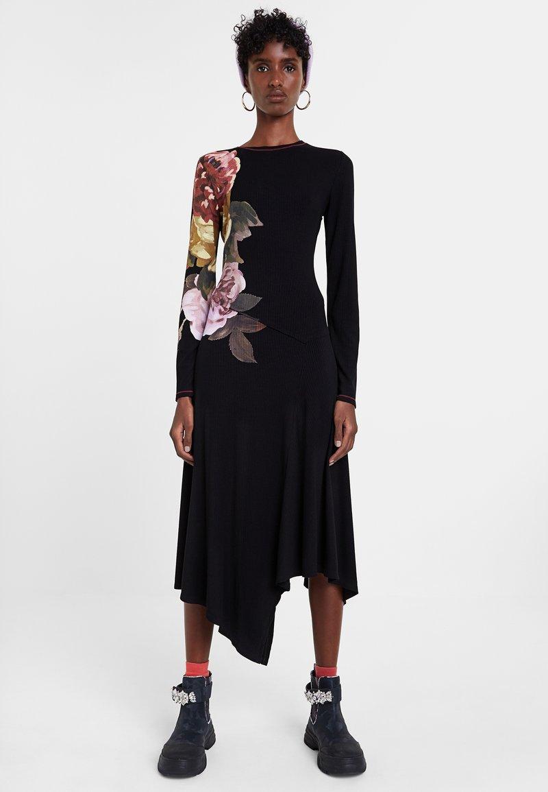 Desigual - VEST_ROSE - Day dress - black